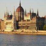 ВНЖ или ПМЖ: сравнительный анализ иммиграционных программ Венгрии